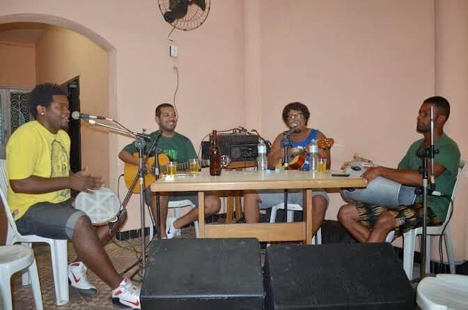 Regatas Icaraí tem domingo dá samba