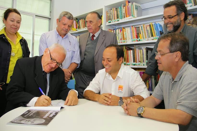 Biblioteca Popular da Ilha da Conceição é reinaugurada