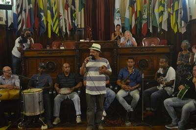 Os 100 anos de Samba: Câmara de Niterói cria troféu Ismael Silva