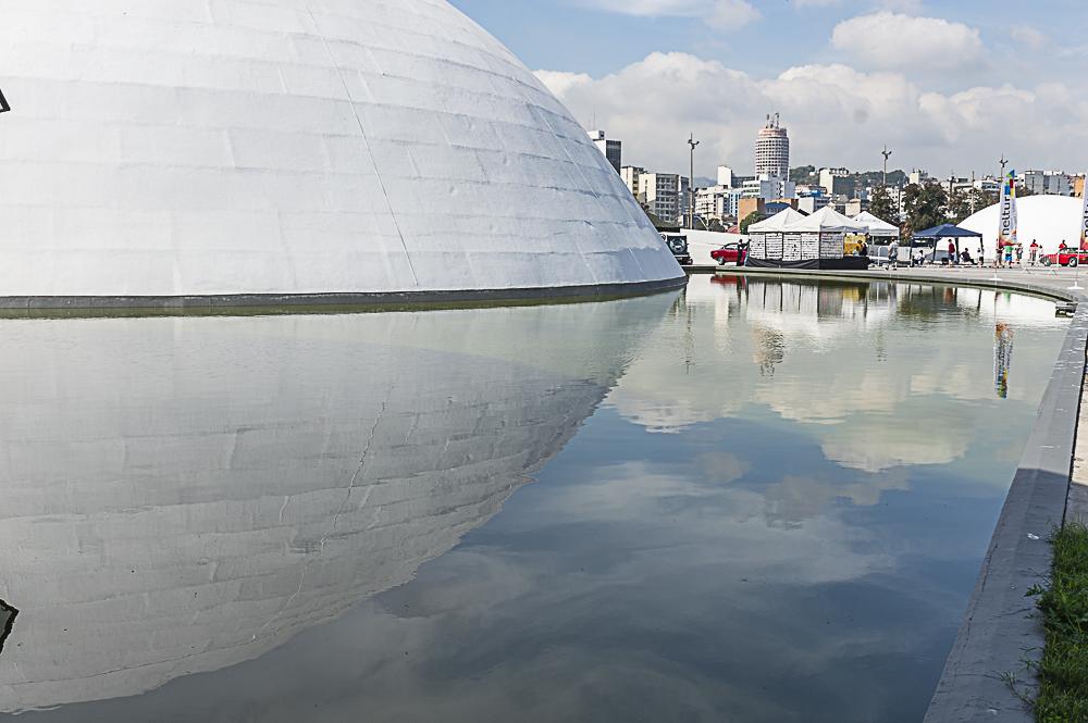 Fundacao Oscar Niemeyer fotografada por Hyrinea Borneo Os recantos (e encantos) de Niterói