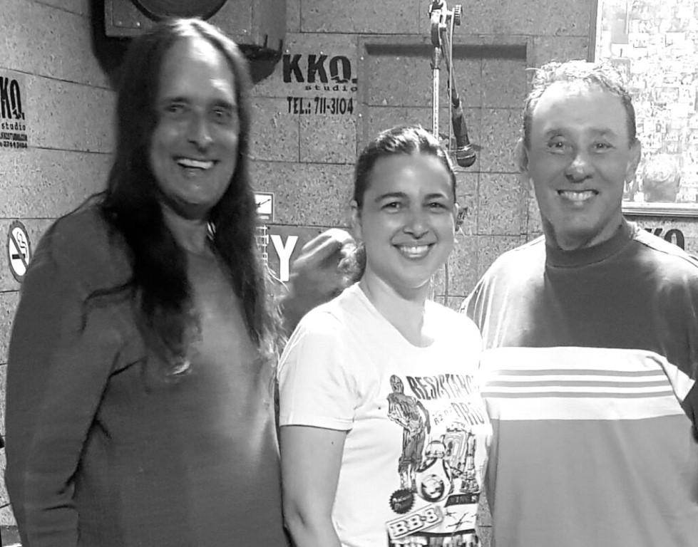 Fernanda Valente Guga Tavora e KAKAO Músicas para crianças em inglês