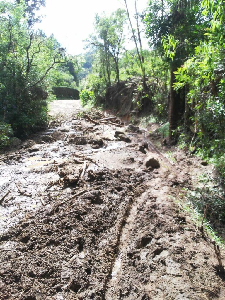 WhatsApp Image 2021 01 15 at 10.02.54 2 Estrada que dá acesso à Pedra da Macela, no município de Cunha (SP), é interrompida