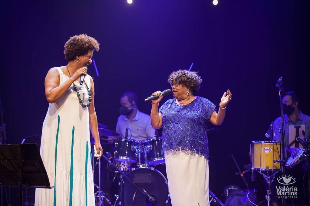 Nilze Carvalho e Tia Surica
