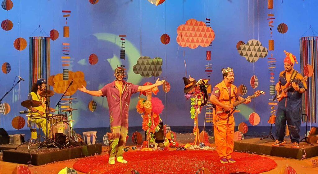 Musica Animada Bailinho de Carnaval grupo Violudico 03 Credito Fernando Chaves TV Brasil Grupo niteroiense Violúdico faz show infantil de carnaval na TV Brasil