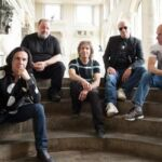 With Friends from The Orchestra é o novo álbum do Marillion