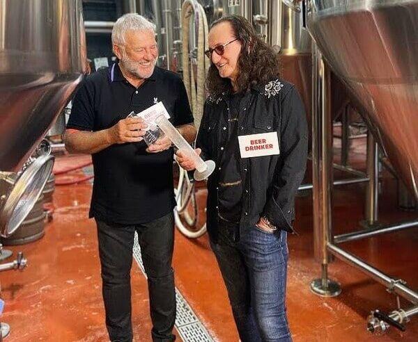 """Rush anuncia a sua cerveja """"Rush Canadian Golden Ale"""""""