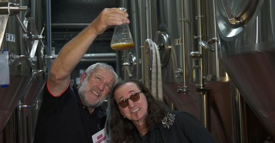 """safe image 1 Rush anuncia a sua cerveja """"Rush Canadian Golden Ale"""""""